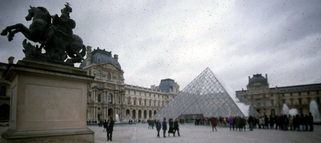 Paris_Louvre (640x286)