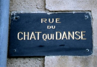 Marvelous street sign ... The Cat who Dances