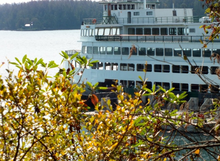 Ferry leaving Orcas.