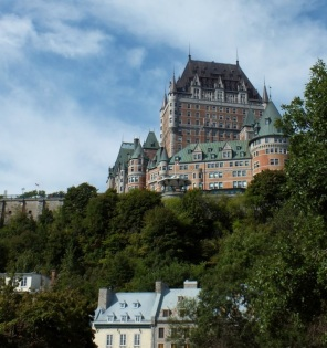 Hotel, Chateau Frontenac, overlooks Lower Town