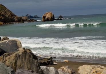 Rocky shore ...