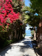 Walkway to ocean, Redondo Beach