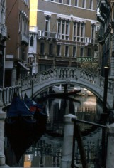 VCE_canals_goldola_3_cropped