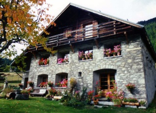 Chamonix_House_Flowers