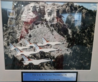 US Air Force Thunderbirds at Mt Rushmore