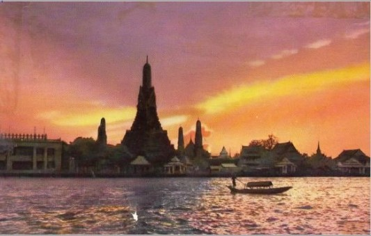 Post Card~Sunset at Wat Arun